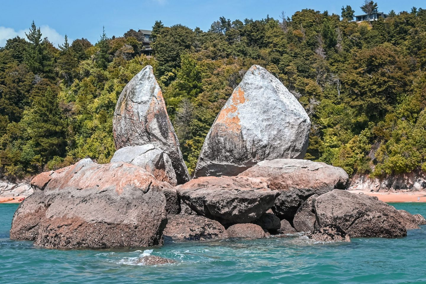 Split Apple Rock Abel Tasman National Park New Zealand