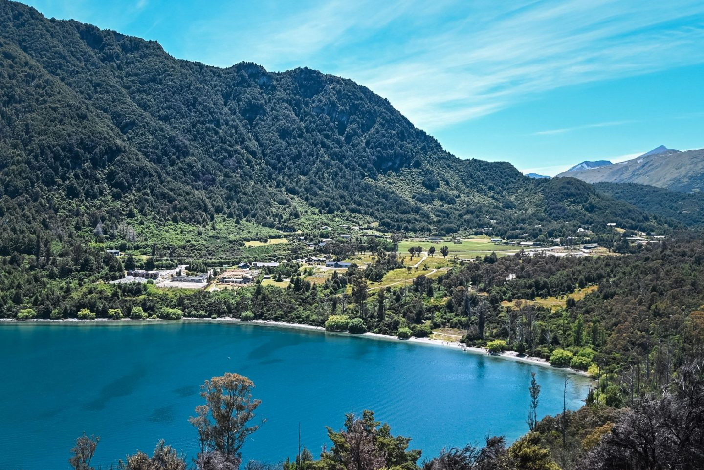 8 best short and easy hikes in new zealand Bob's Cove Track New Zealand Queenstown Hikes
