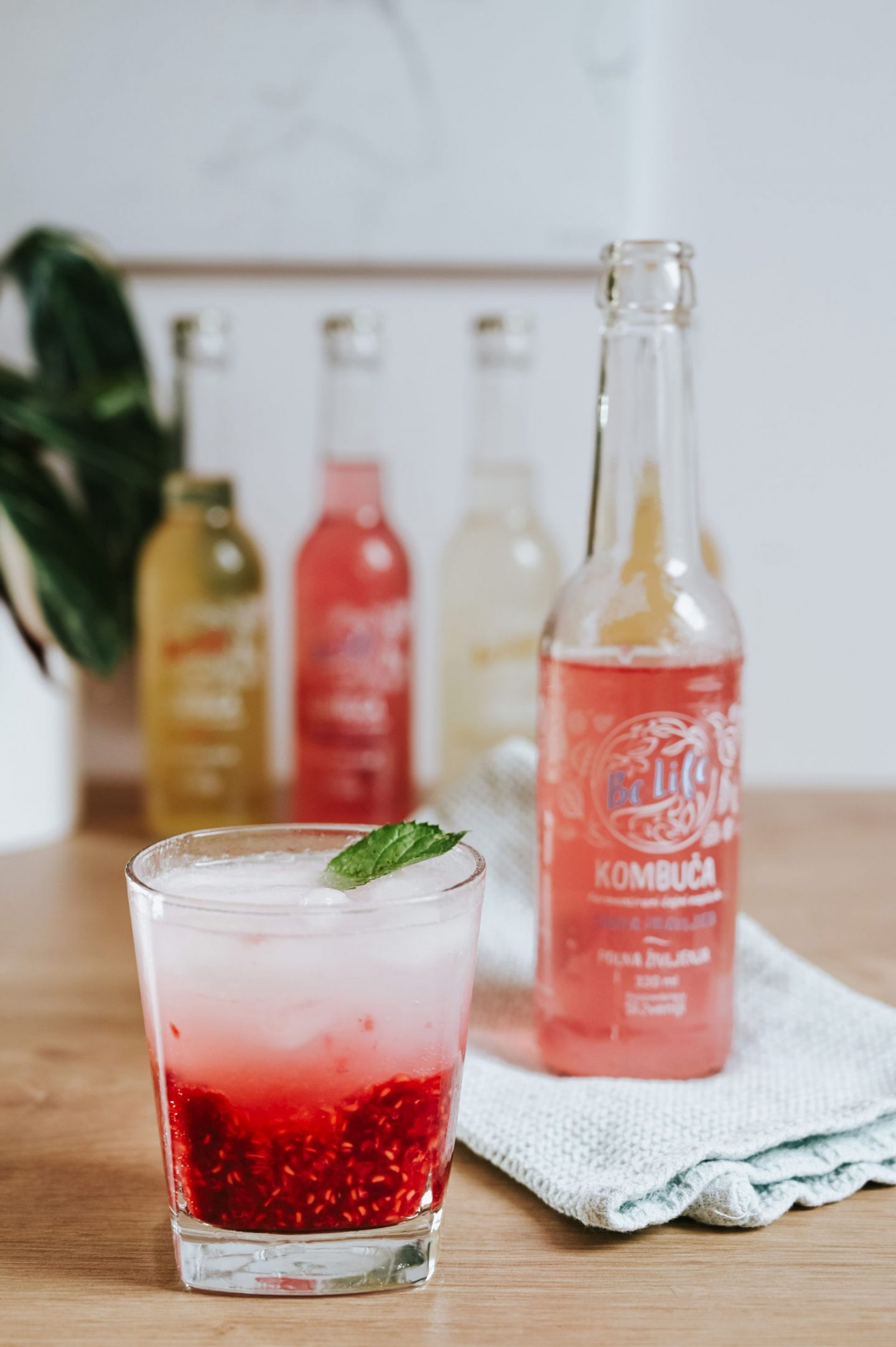 Kombucha Raspberry Mojito Cocktail Recipe